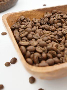 Kaffee ganze Bohnen